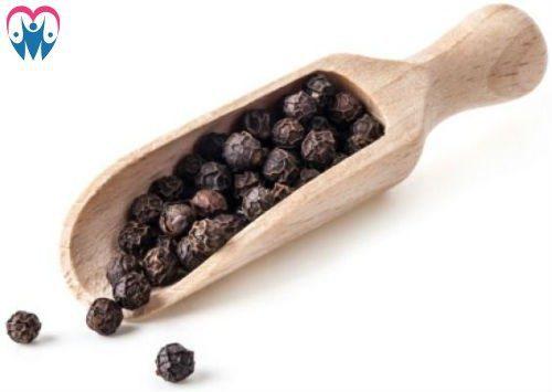 black pepper grains
